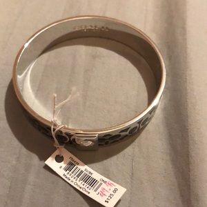 Coach bangle bracelet nwt